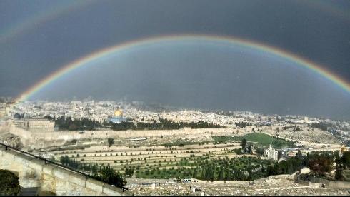 Погода в Израиле: хамсин усилится, станет еще жарче, дожди не помогут