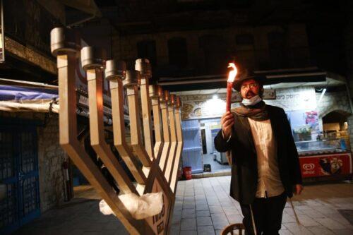 Субботняя сводка COVID-19 в Израиле: оснований для паники не видно