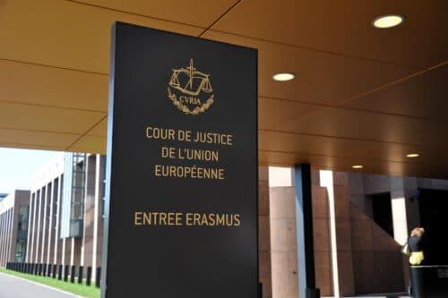 Закон запрещает кошерный и «халяльный» забой — высший суд ЕС отклонил петицию еврейских и мусульманских организаций