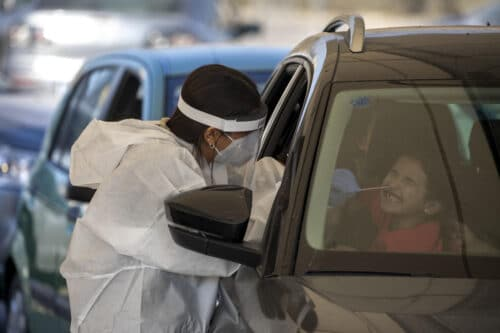 В Израиле за сутки диагностированы 8 308 пациентов — быть «герметичной» блокаде?