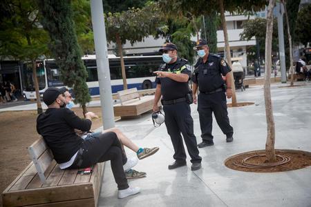 Полиция Израиля объявила об ужесточении контроля за соблюдением блокадных ограничений в выходные дни — «когда незачем выходить из дома»