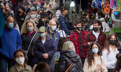 Привитые граждане в Израиле все еще обязаны носить маски