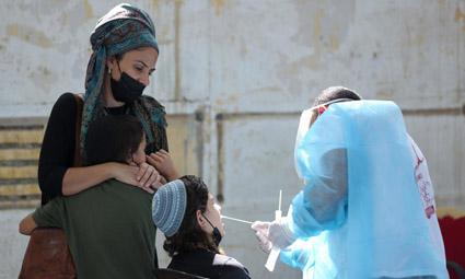 Доля позитивных и число тяжелых больных в Израиле сократились