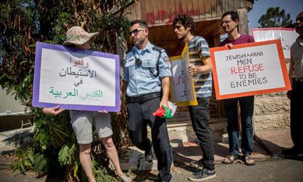 Верховный суд Израиля предложил компромиссное решение, позволяющее избежать выселения арабских жителей квартала Шейх Джарах