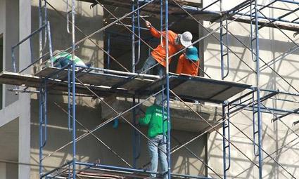 В Израиле намерены отменить налог на наем иностранных рабочих «ради снижения цен»